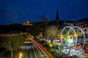 Картинка Кохем Германия Дома Дороги Бавария Ночные Уличные фонари