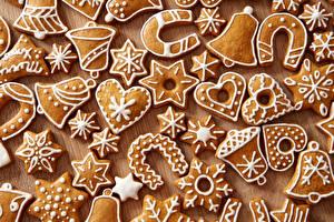Обои Новый год Выпечка Печенье Дизайн Колокольчики Сердце Еда фото