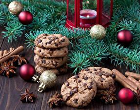 Обои Праздники Новый год Печенье Корица Свечи Ветки Шарики Еда фото