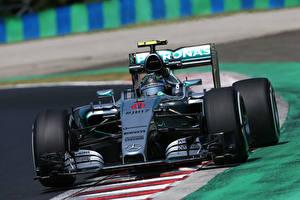 Фотографии Mercedes-Benz Формула 1 F1 W06 Nico Rosberg Спорт Автомобили