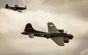 Обои Самолеты B-17 P-51 Mustang