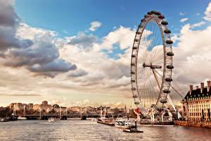 Обои Англия Речка Небо Лондон Колесом обозрения Облако Thames River skyline the London Eye Города
