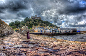 Обои Море Побережье Замки Великобритания HDR Облака Набережная Города фото