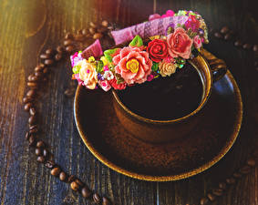 Фотографии Напитки Кофе Розы Чашке Зерно Пища
