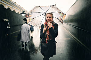 Картинка Дождь Зонт Улица Ivan Proskurin Девушки