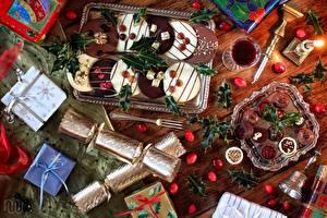 Обои Выпечка Печенье Праздники Новый год Подарки Еда фото