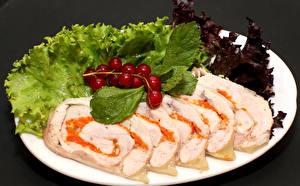 Картинки Мясные продукты Рулет Овощи Тарелка Еда
