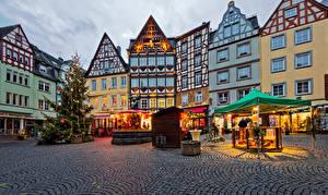 Картинки Германия Рождество Праздники Дома Кохем Новогодняя ёлка Улице Города