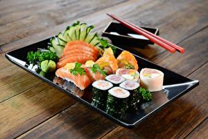 Обои Морепродукты Суши Овощи Тарелка