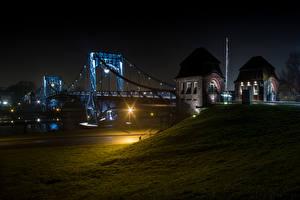 Фото Германия Реки Мосты Ночные Уличные фонари Wilhelmshaven Города