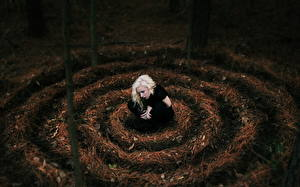 Фотографии Готические Блондинка девушка