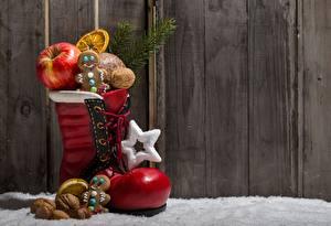 Обои Печенье Яблоки Орехи Праздники Новый год Доспехи Еда фото