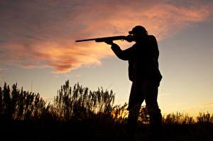Обои Мужчины Ружьё Силуэт Hunter shotgun evening фото
