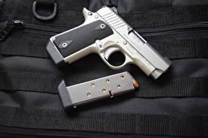 Обои Пистолеты Крупным планом Kimber Micro 380 Армия фото