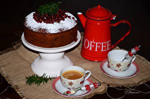Фотографии Праздники Новый год Сладости Торты Кофе Чашка Черный фон