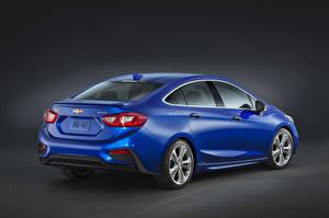 Фото Chevrolet Вид сзади Синяя 2016 Chevrolet Cruze Автомобили