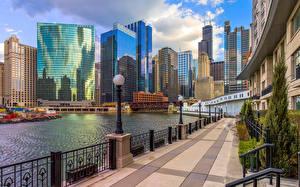 Картинка Штаты Небоскребы Здания Чикаго город Улица Набережная Города
