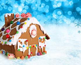 Картинка Новый год Выпечка Дома Сладости Пряничный домик Дизайн