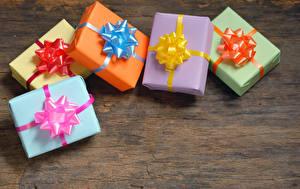 Картинка Праздники День рождения Новый год Подарки