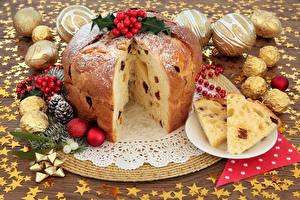 Обои Праздники Новый год Выпечка Кекс Шарики Шишки Еда фото