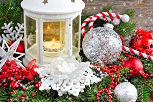 Обои Свечи Праздники Новый год Шарики Снежинки Фонарь фото