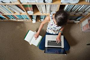Фотографии Ноутбуки Книга Библиотека study Компьютеры Девушки
