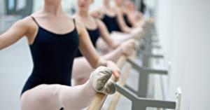 Картинка Вблизи Балет Ног classical dance rhythm uniform молодая женщина