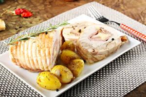 Фотография Вторые блюда Мясные продукты Рулет Картошка