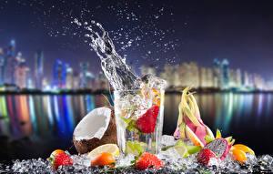 Фото Коктейль Напитки Фрукты Кокосы Лимоны Брызги Стакан Еда