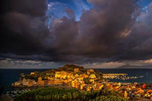Картинки Италия Дома Причалы Облака Тучи Sestri Levante Города