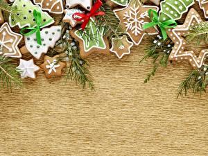 Обои Выпечка Печенье Праздники Новый год Бантик Шаблон поздравительной открытки фото