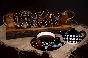 Картинка Выпечка Печенье Шоколад Чай Чашка Продукты питания