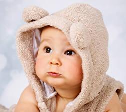 Обои Младенцы Шапки Лицо Смотрит Дети