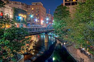 Картинки Штаты Дома Реки Мосты Техас Ночь Уличные фонари San Antonio Города