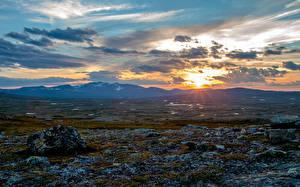 Картинки Швеция Горы Рассвет и закат Небо Пейзаж Облачно Природа