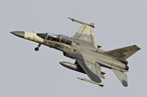 Фотография Самолеты Истребители AIDC F-CK-1