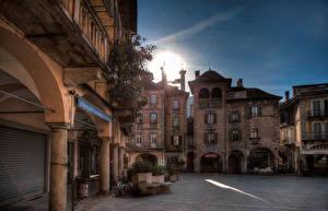Картинки Италия Дома Улица Domodossola  Piedmont Города