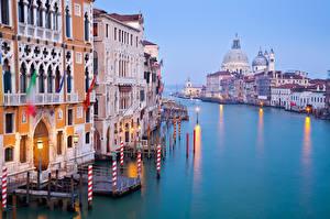 Картинка Италия Дома Венеция Водный канал