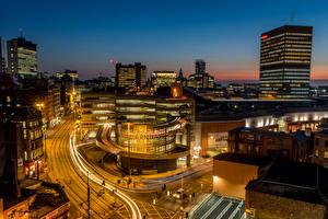 Обои Великобритания Дома Дороги Ночные Уличные фонари Улиц Manchester Arndale Centre город