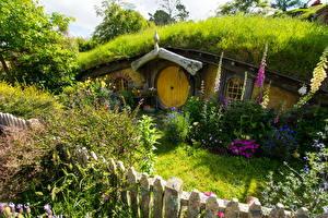 Фотография Австралия Парки Здания Дигиталис Кустов Ограда Matamata Hobbiton Park Природа