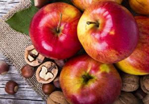 Фотографии Яблоки Крупным планом Орехи Пища