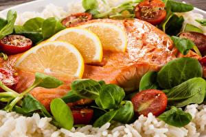 Обои Морепродукты Рыба Лимоны Овощи