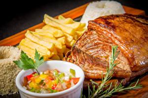 Фотографии Мясные продукты Картофель фри Салаты Продукты питания