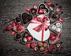 Обои День святого Валентина Конфеты Шоколад Сердце Подарок Бант Еда