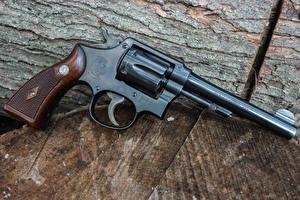 Обои Крупным планом Пистолеты Револьвер Smith Армия фото