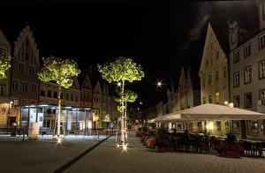 Картинка Здания третий рейх Ночь Улица Деревья Кафе Бавария Landsberg Города