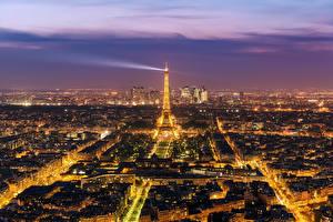 Обои Франция Вечер Париже Эйфелева башня Сверху Города