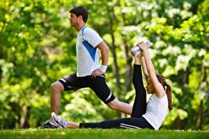 Картинка Фитнес Мужчины Тренировка Спорт Девушки