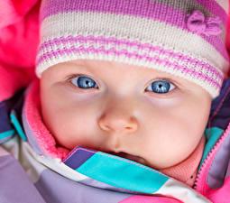 Обои для рабочего стола Глаза Грудной ребёнок Лица Шапка Нос Дети
