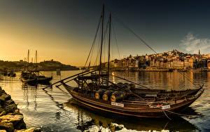 Фотографии Португалия Дома Речка Вечер Лодки Портус Кале